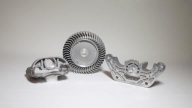 Dieses Verfahren wird eingesetzt, um schnell wirtschaftliche Prototypen aus Aluminium oder Zamak zu erhalten.    Mehr über das...